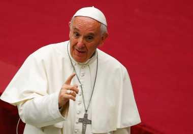 Paus Fransiskus Sewa Pantai Pribadi untuk Penyandang Disabilitas