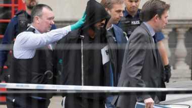 Diduga Hendak Lancarkan Serangan Teror, Pria Berpisau Ditangkap Dekat Gedung Parlemen Inggris