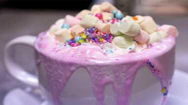 RESEP PILIHAN: Bikin yang Lagi Ngehits Minuman Berkonsep Unicorn, Unicorn Hot Chocolate
