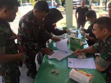 Diundang Sosialisasi Narkoba, 35 Prajurit TNI Dites Urine Dadakan