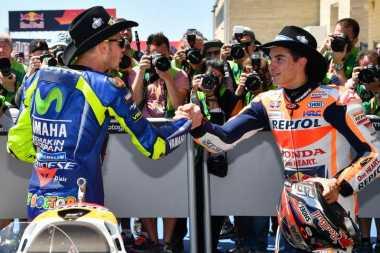 Meski Tak Secepat Marquez dan Vinales, Pernat: Rossi Pembalap Cerdas!