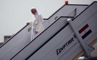 Paus Fransiskus Tiba di Mesir dengan Misi Perbaikan Hubungan