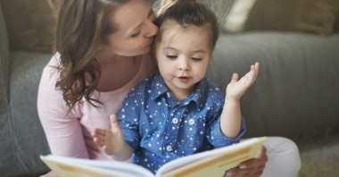 Belanja Buku Bersama Akhir Pekan Yuk, Siapa Tahu Anak Jadi Suka Membaca