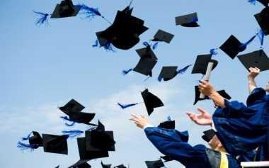 Tak Ingin Nikah Usai Lulus SMK, Badrya Berjuang agar Bisa Kuliah
