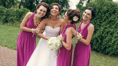 Intip Inspirasi Busana Bridesmaid yang Lagi Populer di Media Sosial