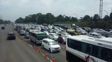 Hari Pertama Libur Panjang, 12.000 Kendaraan Masuki Kawasan Puncak