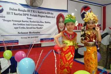 Lucunya Gaya Anak PAUD Berbalut Busana Daerah di Panggung Kartini Perindo
