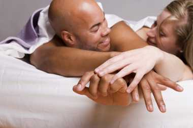 Aroma Kelamin Bangkitkan Gairah Seks Pasutri