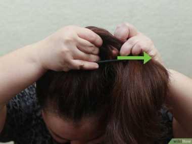 9 Langkah Gaya Messy Bun untuk Si Rambut Ikal