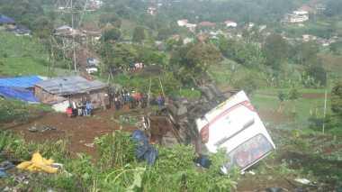 Korban Meninggal Kecelakaan Maut di Ciloto Jadi 13 Orang