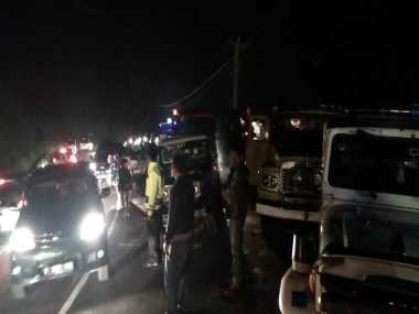 Evakuasi Bangkai Bus Maut, Jalur Ciloto Puncak Macet