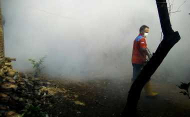 Khawatir Korban DBD Bertambah, Warga Pasucen Sambut Baik Fogging Rescue Perindo
