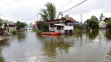 Wakil Bupati Siak Tinjau Korban Banjir di 3 Desa