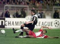 Soccerpedia: Kenangan Indah Juventus Kalahkan Wakil Prancis dan Berujung Trofi Liga Champions