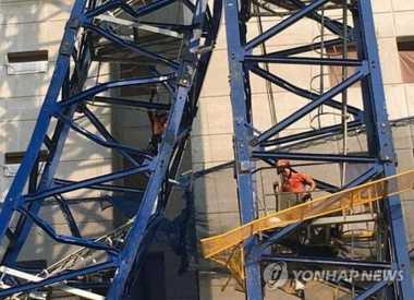Crane Roboh, Lima Pekerja Kontruksi di Korsel Jatuh dari Ketinggian Puluhan Meter