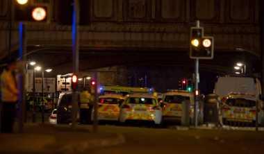 Dugaan Bom Bunuh Diri, Polisi Investigasi Ledakan di Konser Ariana Grande