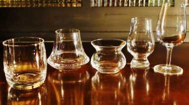 Suka Minum Wiski, Koleksi 3 Bentuk Gelas Ini untuk Menyeruputnya