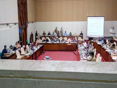 Berlangsung Alot, Rapat Pansus RUU Pemilu Ditunda hingga Besok Siang