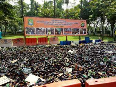 Top! Pemkot Tangerang Musnahkan 15 Ribu Botol Miras Jelang Ramadan