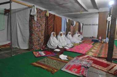 Tarekat Naqsabandiyah Tetapkan Awal Ramadan 25 Mei 2017