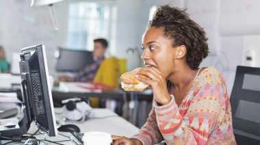 Kebiasaan Unik yang Bikin Anda Cepat Lapar