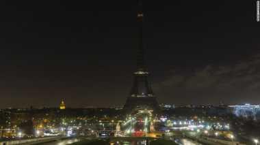 Berduka untuk Serangan Bom Konser Ariana Grande, Prancis Matikan Lampu Menara Eiffel