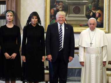 Paus Fransiskus Dorong Trump Jadi Sosok Pembawa Kedamaian