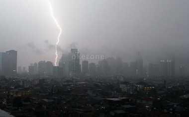 Waspada! Lampung Berpotensi Hujan hingga Esok