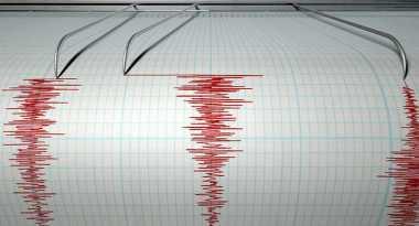 Diguncang Gempa 5,7 SR, Warga Morowali Sulteng Berhamburan ke Luar Rumah