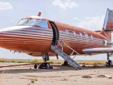 Wow, Jet Pribadi Milik Elvis Presley Dilelang