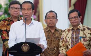 Bagikan 1.000 Kartu Indonesia Pintar, Jokowi: Tidak Boleh untuk Beli Pulsa