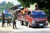 Darurat Militer, Ribuan Warga Marawi Melarikan Diri