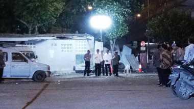 Raut Sedih Nampak di Wajah Jokowi-JK saat Kunjungi TKP Bom Kampung Melayu