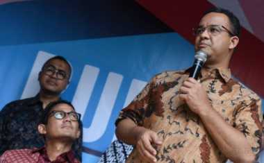 Anies Kutuk Keras Teror Bom Kampung Melayu