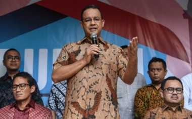 Jenguk Korban Bom Kampung Melayu, Anies Baswedan Sambangi RS Premier