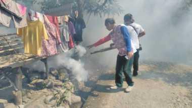 """Berantas Demam Berdarah, Perindo """"Asapi"""" 450 Rumah di Pekalongan"""
