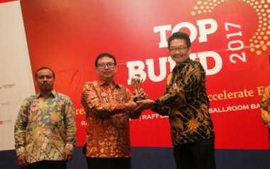 Kota Bandung Kembali Raih 4 Penghargaan Top BUMD Tahun 2017