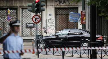 Diserang Bom di Athena, Mantan PM Yunani Alami Luka-luka
