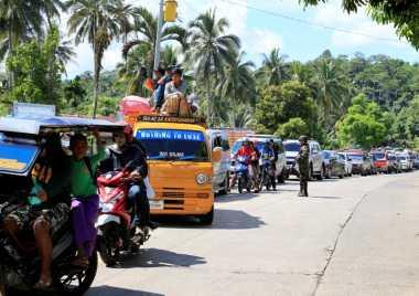 Berstatus Darurat Militer, 17 WNI di Marawi Belum Mau Dievakuasi