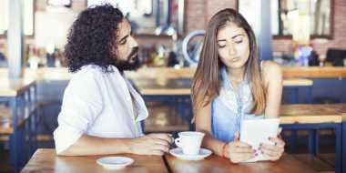 Bukan karena Perselingkuhan! Tanpa Disadari, Hal Sepele Ini Merusak Pernikahan! Apa Ya?