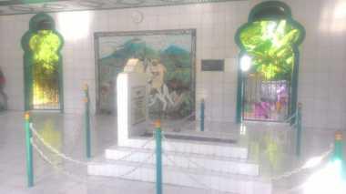 Ziarah ke Makam Tuanku Imam Bonjol di Minahasa