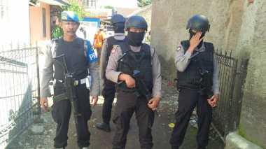 Densus 88 & Polda Jabar Kembali Geledah Rumah Jaringan Bom Kampung Melayu