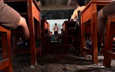 Anak-anak di Perbatasan Diajarkan Menggunakan Dongeng