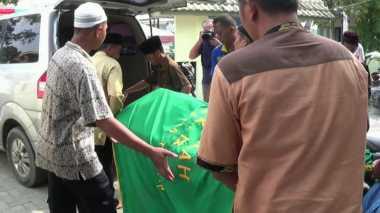 Korban Kecelakaan Maut Medan Dikubur dalam Dua Liang Lahat