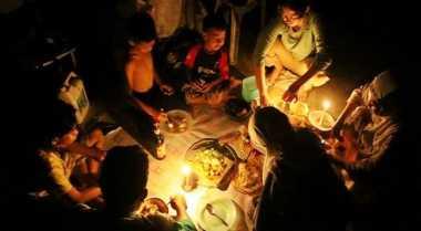 Diduga Matikan Listrik saat Berbuka, Warga Rusak Kantor PLN Riau