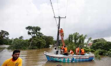 Pasca-Banjir Landa Sri Lanka, Badai Siklon Bergerak Menuju Bangladesh