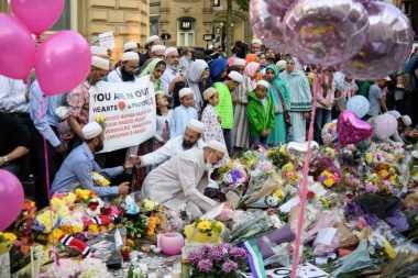 Pasca-serangan Bom Manchester, Muslim di Inggris Gelar Aksi Damai Sembari Puasa