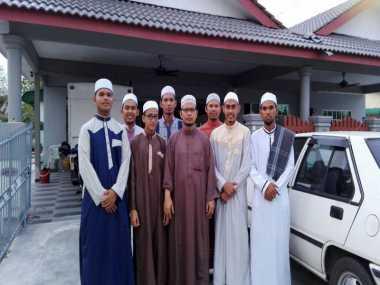 Subhanallah.. Sembilan Pemuda Aceh Jadi Imam Tarawih di Malaysia