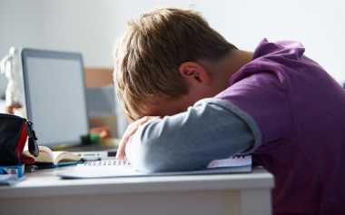 Ingat Ya Moms, Jangan Sampai Tidak Tahu Kalau Anak Di-bully di Sekolah