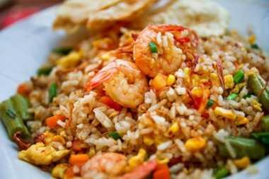Nasi Goreng Mutiara Menggoyang Lidah untuk Berbuka Puasa